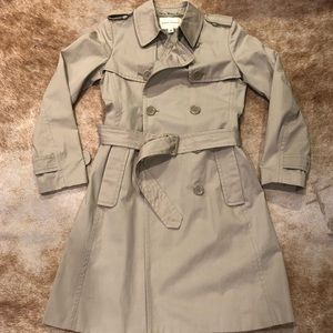 Like New! Banana Republic trench coat